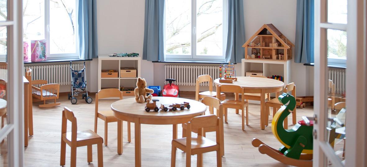 Blue house game room (Image © Förderkreis krebskranke Kinder e.V. Stuttgart)