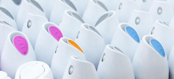 NeuroCheck Color Recognition of deodorant caps (Image © NeuroCheck)